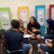 בני הנוער במעגל שיח