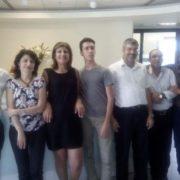 אביהוא יחד עם צוות מרכז ההשקעות של דיסקונט